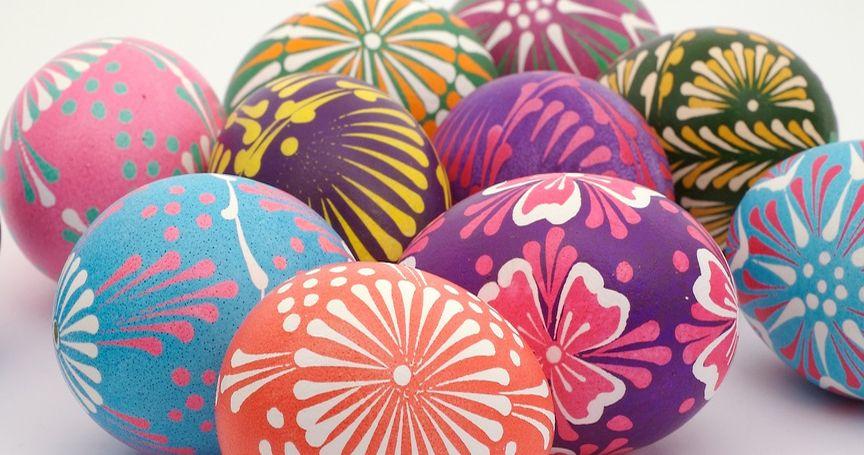 8 Creative Ways to Dye Easter Eggs