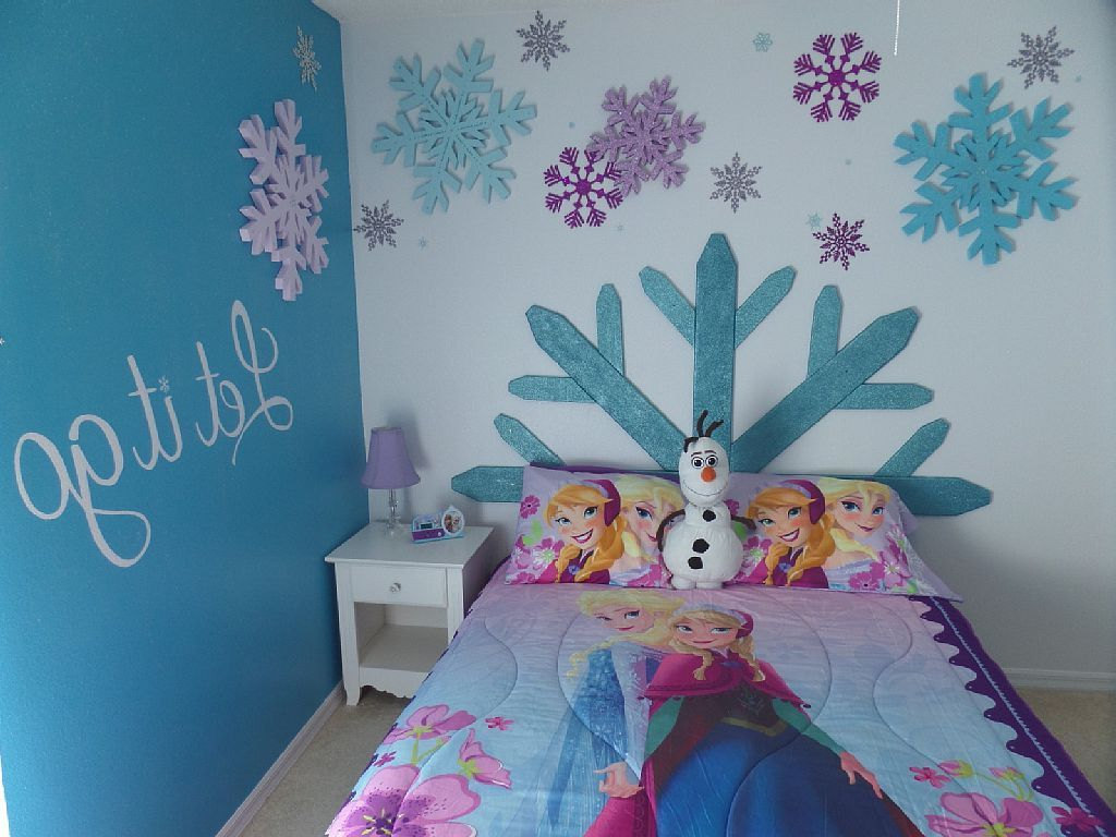 15 disney inspired rooms that will make you want to redo your 31 fun with foam frozen disney room decoration
