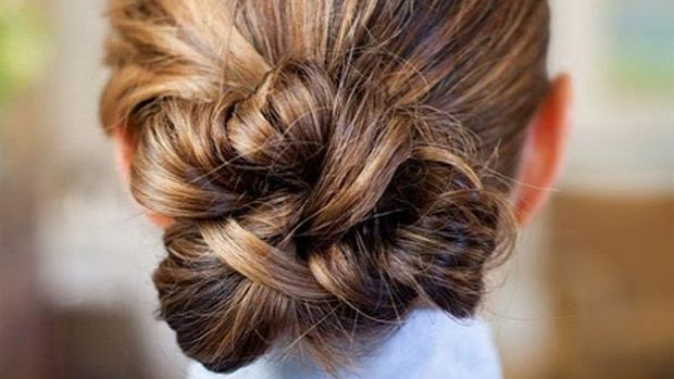 Low-Knotted-bun