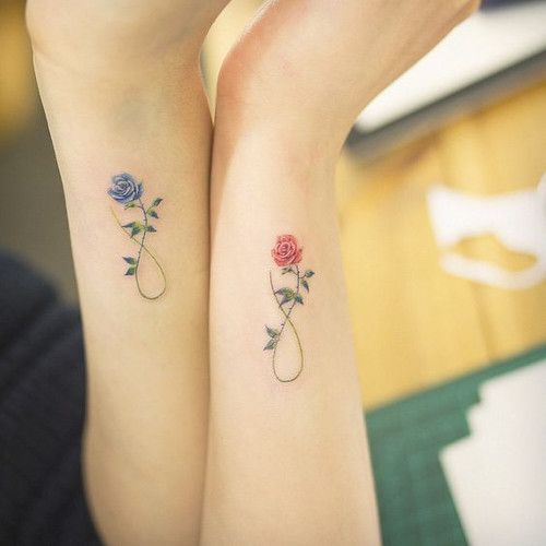 a5f1d1684 15 Amazing Mother-Daughter Tattoo Ideas | TheThings