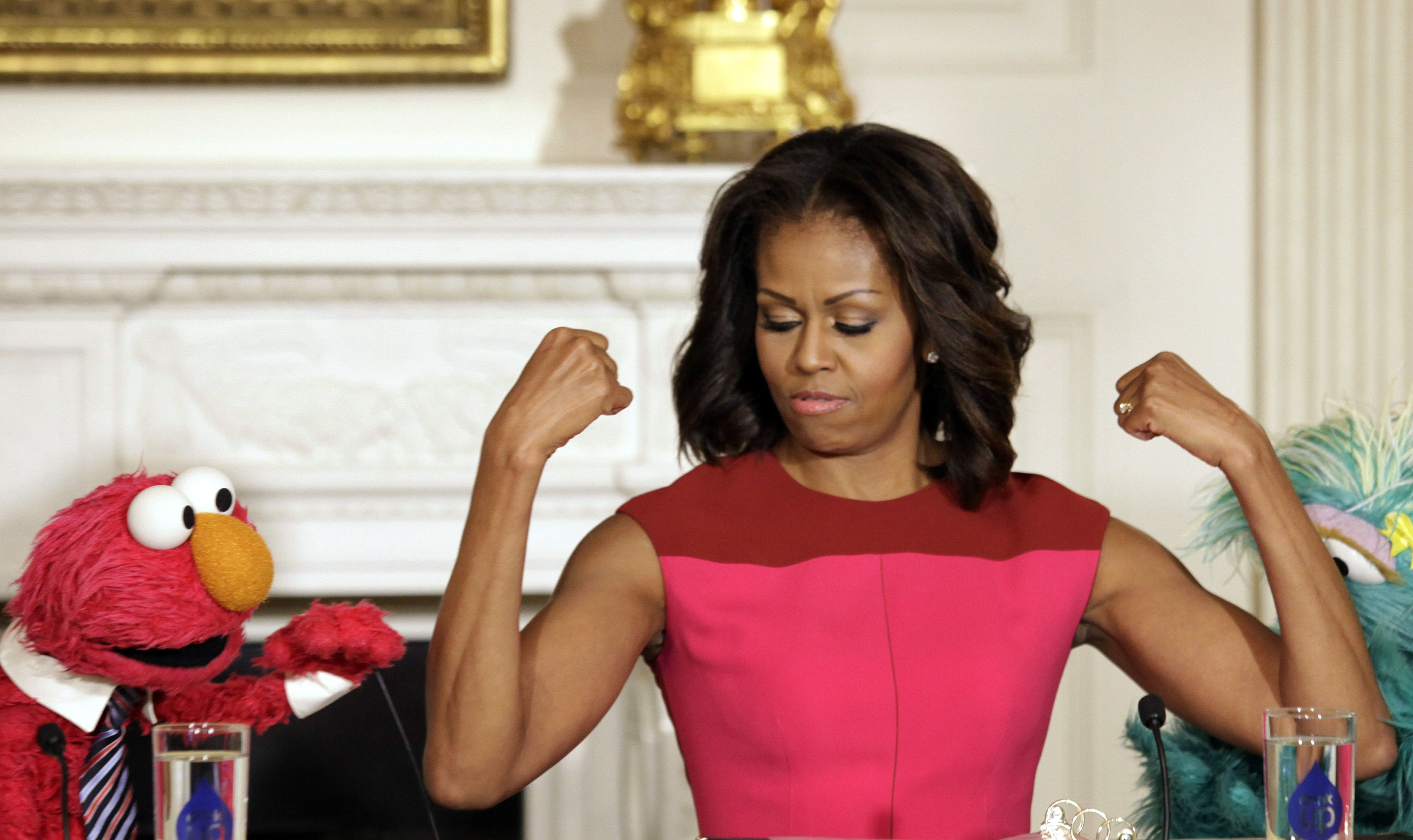 http://www.ibtimes.com/michelle-obama-workout-first-ladys-routine-dcs-solidcore-may-be-secret-her-toned-arms-1643570