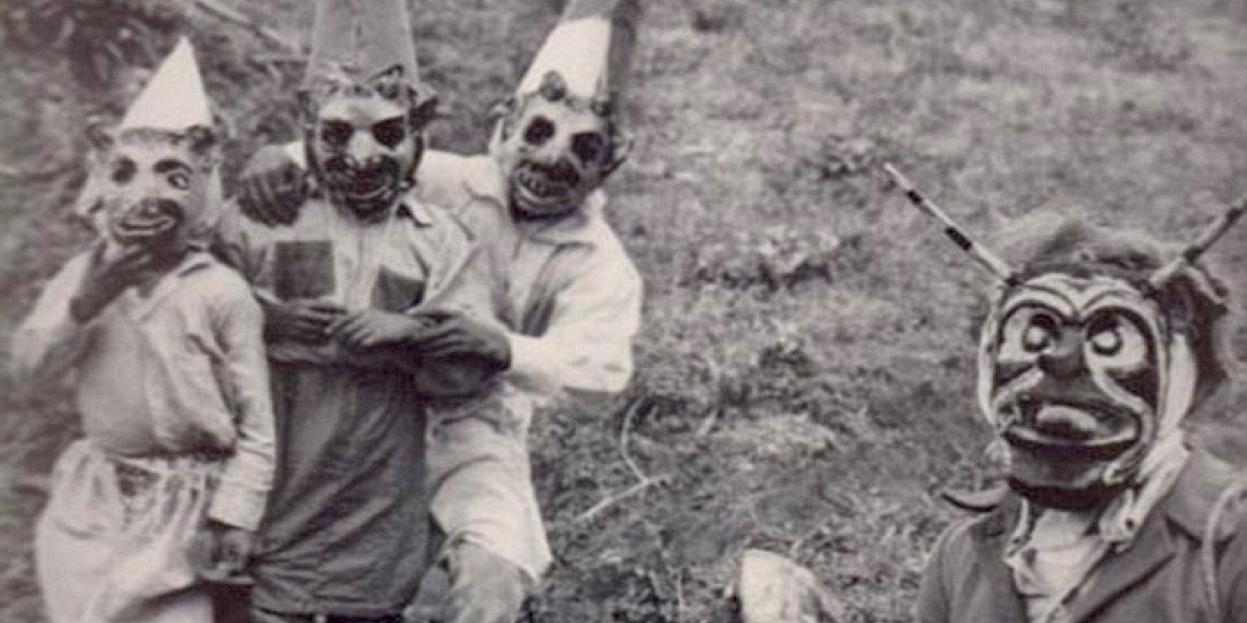15 Terrifying Vintage Halloween Costumes That Are The Stuff Of Nightmares