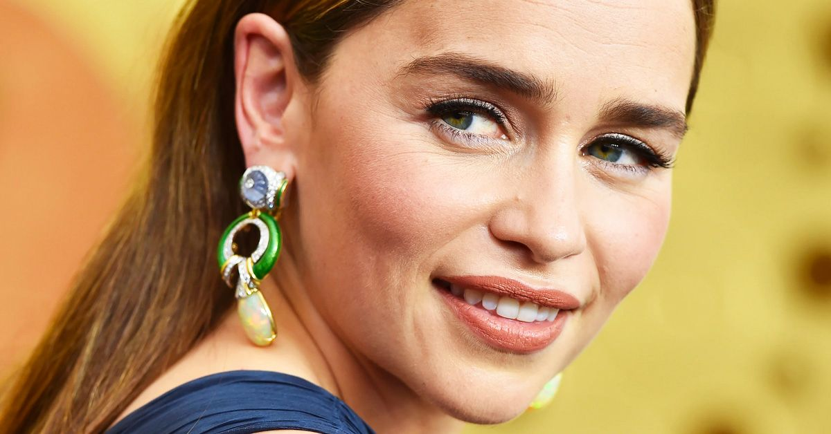 Here's Why Emilia Clarke's Eyebrows Used To Be A Problem For Her