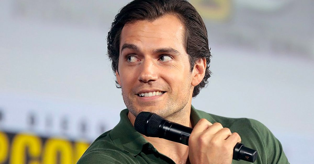 Why 'Twilight' Author Stephenie Meyer Wanted Henry Cavill To Play Edward Cullen