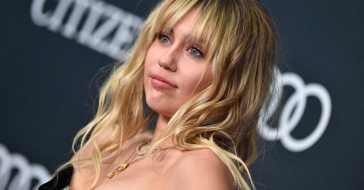 Miley Cyrus Pokes Fun At The Epic Fail That Defined Her