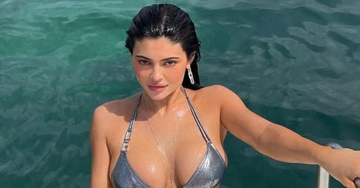 Kylie Jenner Praised For Her Business Skills As She Prepares To Launch 'Kylie Swim'
