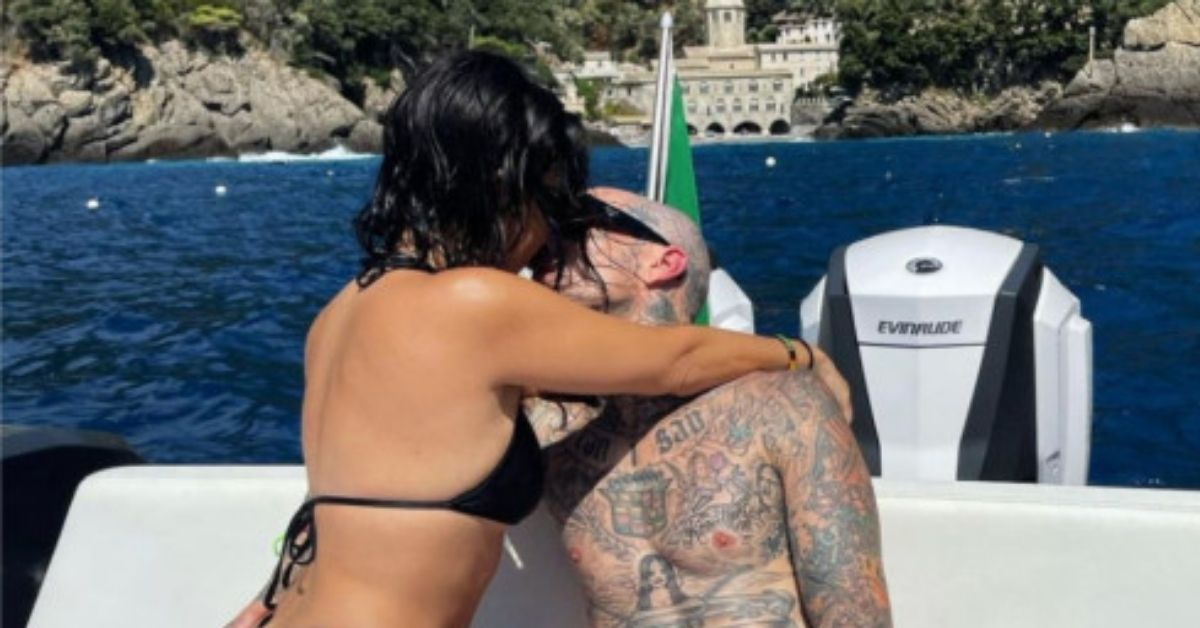 Kourtney Kardashian Fans Say She Might As Well 'Go Nude' As She Wears Gucci Thong Italy